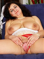Horny mama showing off her hot body