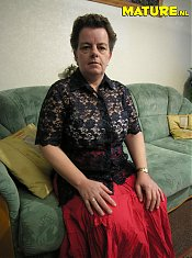 Mature amateur housewife shows off her knockers and snatch