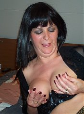 Kinky mature housewife showing off