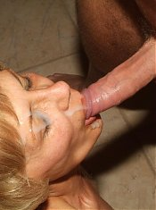 Blondie granny Rosalie gave her best blowjob and gets her cunt fucked in return live