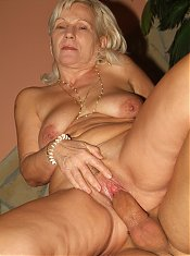 Remy showing off her pleasingly plump body and giving her younger boyfriends dick a ride live